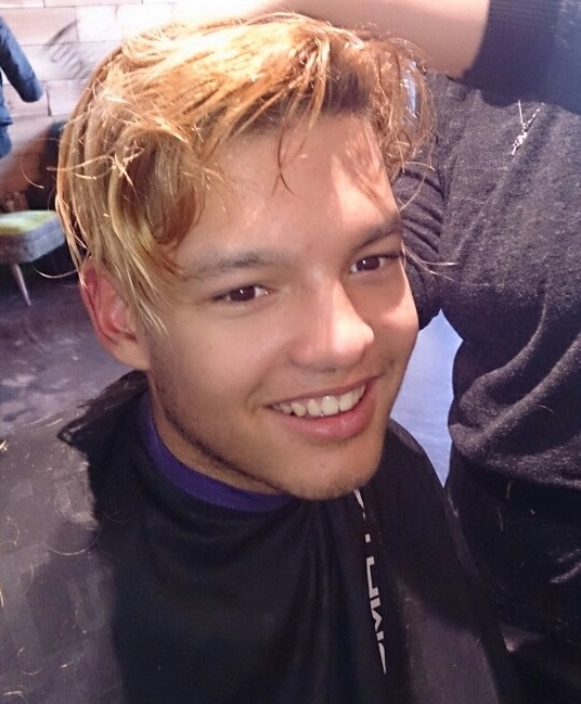 Marcky getting haircut