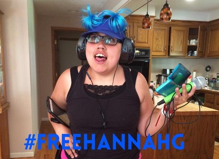 Hannah blue hair