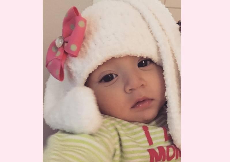 Aniya-white-hat-FB