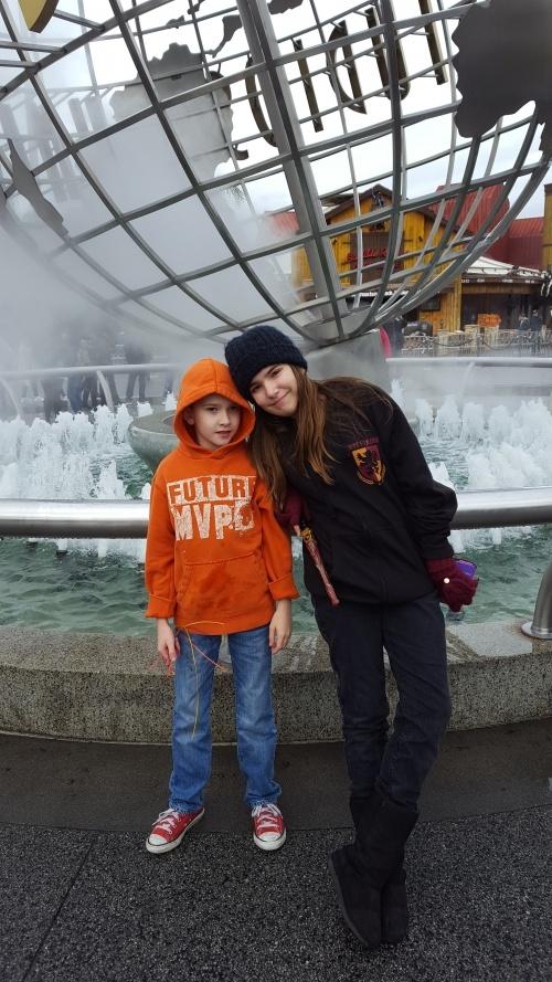 Erin kids at Universal Studios